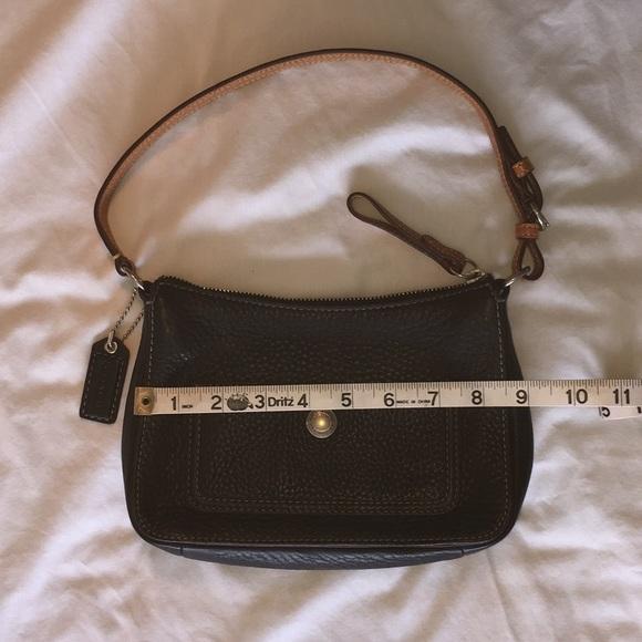 Coach Handbags - Small Coach Purse